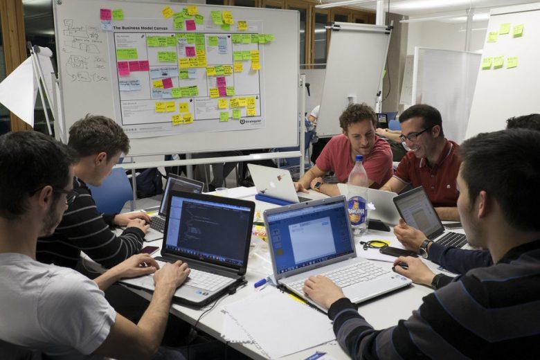 تیم توسعه نرمافزار